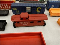 LOT OF PLASTIC RAILWAY BOX CARS + 2  CABOOSES