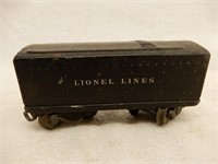 LOT OF RAILROAD LIONEL ENGINE, CARS, TRACK +
