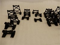 GROUPING OF AMERICAN FLYER-LIONEL ACCESSORIES +
