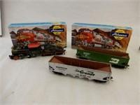 LOT 3  ATHEARN HO SCALE RAILWAY ENGINE & CARS /BOX