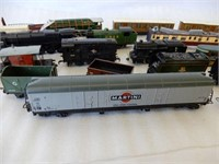 GROUPING OF RAILWAY ENGINES, CARS & ACCESSORIES