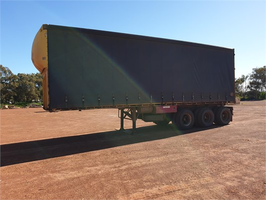 1999 Lusty other - Trailers for Sale
