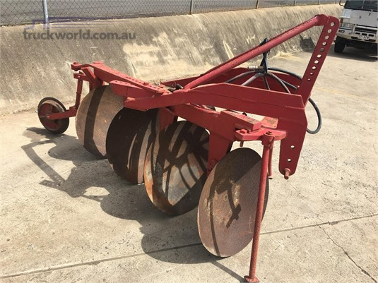 0 Hodge Industries 4 Furrow Black Truck Sales - Farm Machinery for Sale