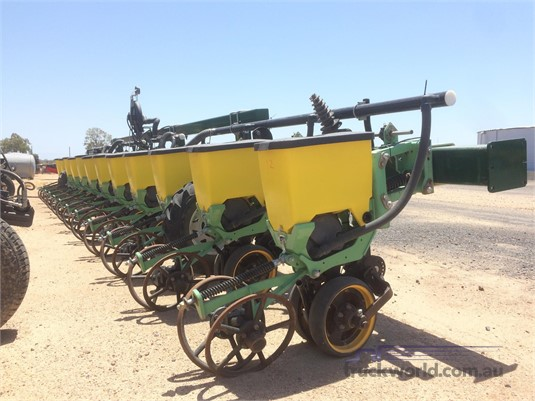 Excel Precision Planter Black Truck Sales - Farm Machinery for Sale