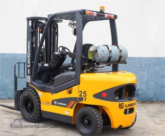 2017 Liugong CLG2025H 2025H 2.5T Dual Fuel Black Truck Sales - Forklifts for Sale