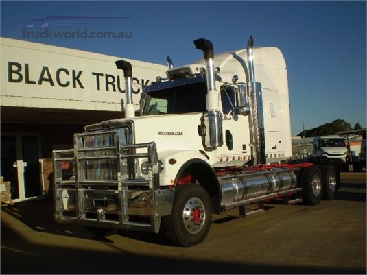 0 Western Star 4964FXC Black Truck Sales - Trucks for Sale
