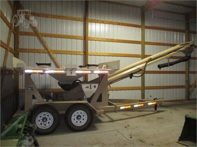 UNVERFERTH 400 For Sale - 8 Listings | TractorHouse com - Page 1 of 1