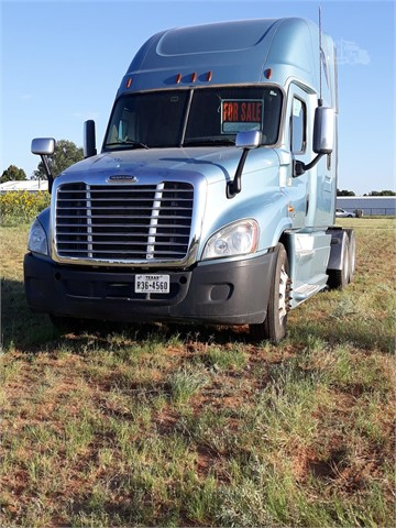 2013 FREIGHTLINER CASCADIA 125 For Sale In Friendswood, Texas