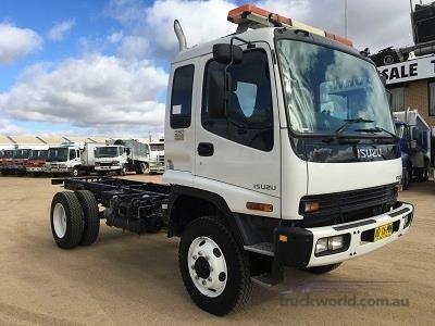 2006 Isuzu FSS 550 4x4 - Trucks for Sale