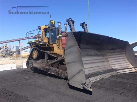 1900 Caterpillar D11T - Heavy Machinery for Sale