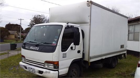 2001 Isuzu NPR 200 Medium Furniture Removal Pantech|Pantech|Van Trucks /  Box Trucks