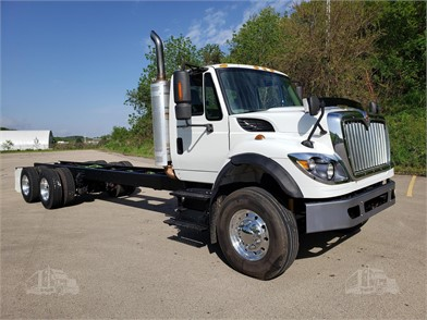 INTERNATIONAL WORKSTAR Cab & Chassis Trucks For Sale - 26