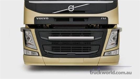 Volvo FM LNG 6x2 Pusher Tractor Lite