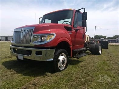INTERNATIONAL Terrastar 4X4 Medium Duty Trucks For Sale In