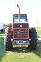 1984 International 6588  2 + 2 Tractor