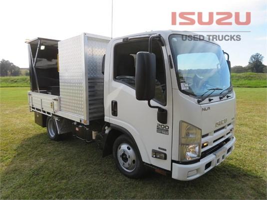 2014 Isuzu NLR 200 AMT Used Isuzu Trucks - Trucks for Sale