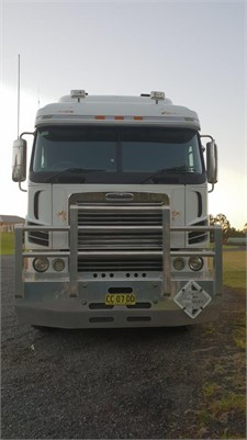 2010 Freightliner Argosy 101 - Trucks for Sale