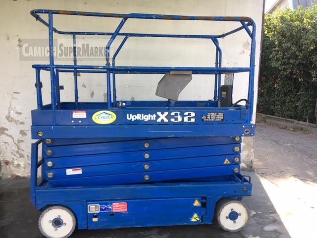 UP-RIGHT X32 Usato 2008