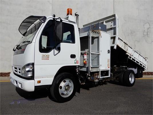 2007 Isuzu NPR Trucks for Sale