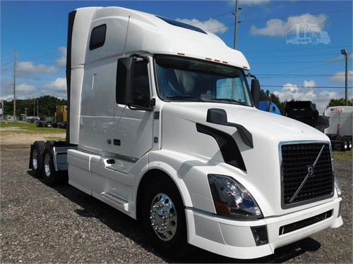 Tsi Truck Sales >> Volvo Vnl42t670 Conventional Trucks W Sleeper For Sale By