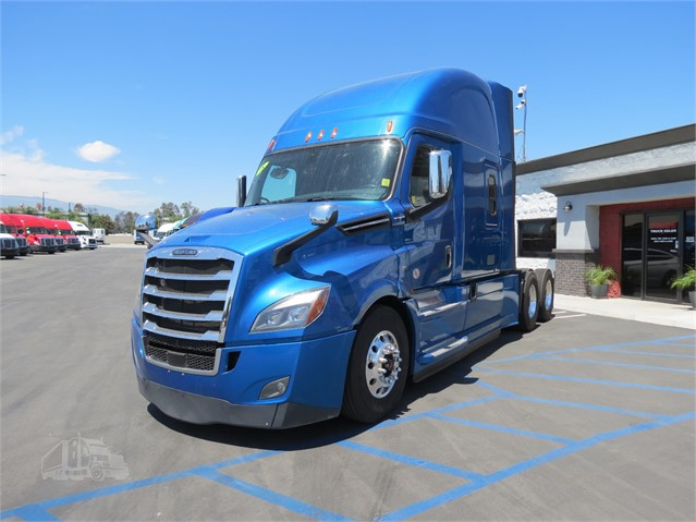 2018 FREIGHTLINER CASCADIA 126 For Sale In Fontana, California