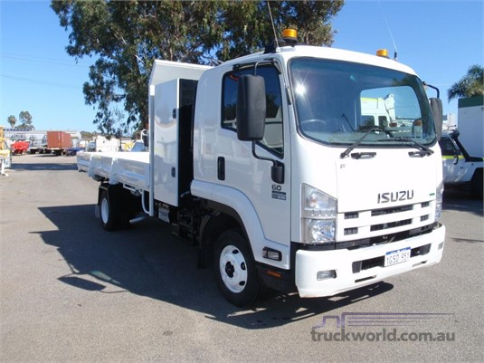 2014 Isuzu FRR 600 Long - Trucks for Sale