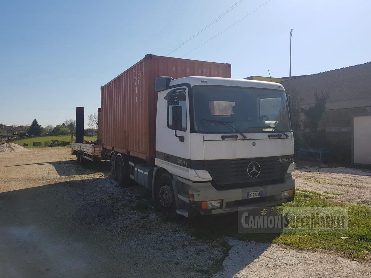 Mercedes-Benz 2531