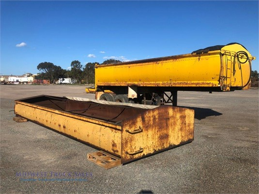 1976 Howard Porter Tipper Trailer Midwest Truck Sales  - Trailers for Sale