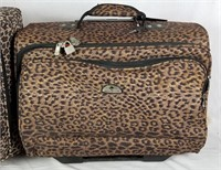 2 Pieces Of Leopard Print Luggage American Flyer