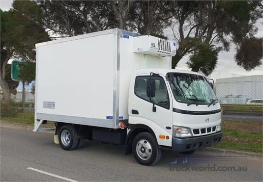 2003 Hino Dutro 4500 - Trucks for Sale