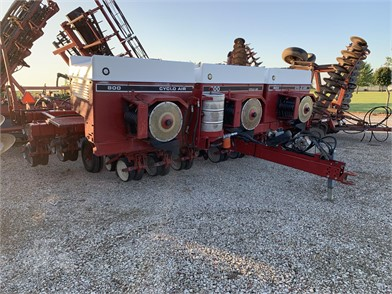 CASE IH 800 For Sale - 8 Listings | TractorHouse com - Page 1 of 1