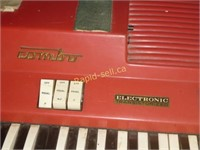 Vintage Farfisa Organ