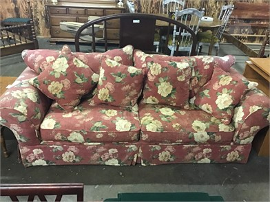 Astonishing Floral Pattern Couch Other Items For Sale 1 Listings Machost Co Dining Chair Design Ideas Machostcouk