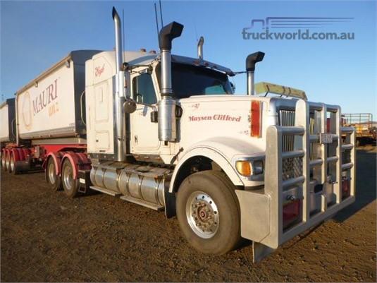2007 International 9000i Eagle - Trucks for Sale