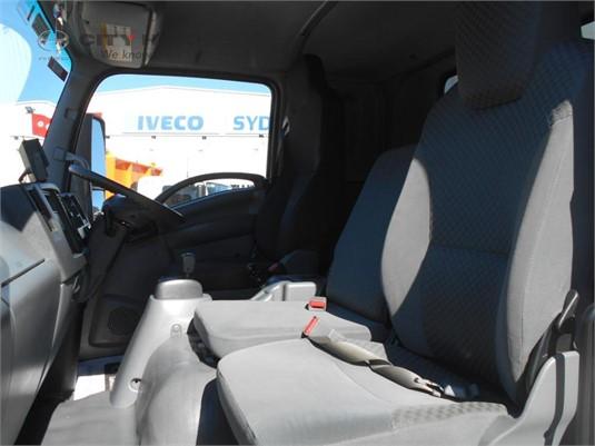 2013 Isuzu FRR 600 City Hino - Trucks for Sale