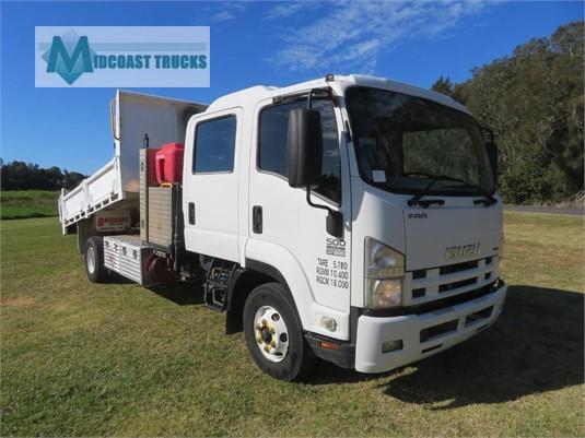 2009 Isuzu FRR 500 Crew Midcoast Trucks - Trucks for Sale