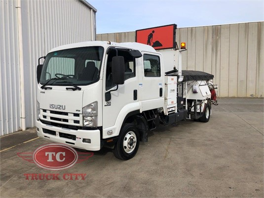 2009 Isuzu FRR 600 Truck City  - Trucks for Sale