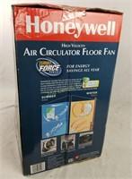 New Honeywell Air Circulator Floor Fan Turbo Force