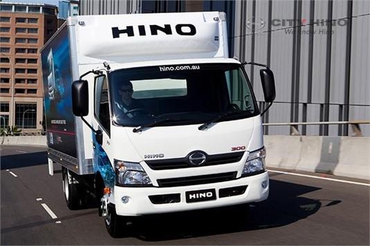 Hino 300 Series 616 Hybrid LWB