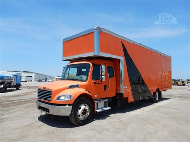 Moving Van Trucks / Box Trucks For Sale In Florida - 143