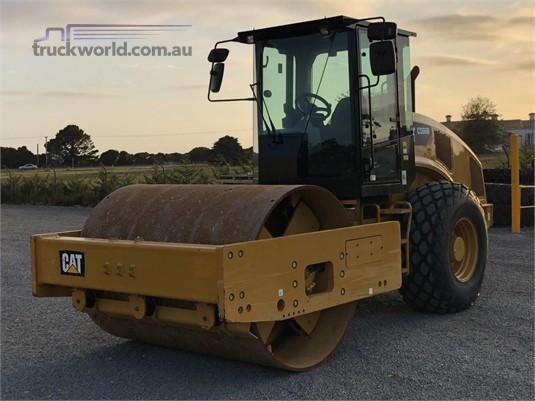 2015 Caterpillar CS66B Heavy Machinery for Sale