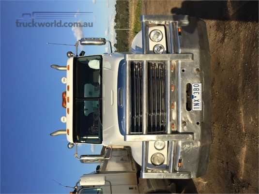 2009 Freightliner Century Class CST120 - Trucks for Sale