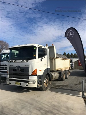 2006 Hino 700 Series FS - Trucks for Sale