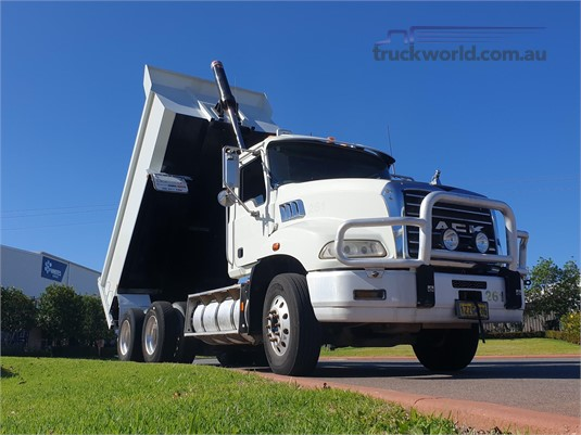 2009 Mack Granite Trucks for Sale