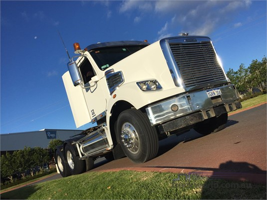 2013 Freightliner FLX - Trucks for Sale