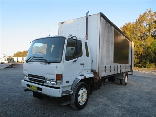 2006 Fuso Fighter 10 - Trucks for Sale