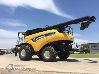 0 New Holland CR9.90 Black Truck Sales - Farm Machinery for Sale