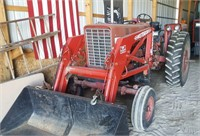 Tractor: International Harvester F656 D