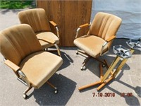 Odds and Ends consignment auction