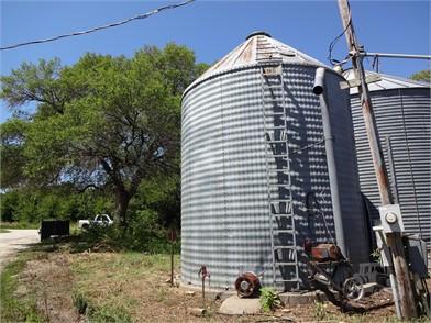 BEHLEN Grain Bins For Sale - 2 Listings | TractorHouse com